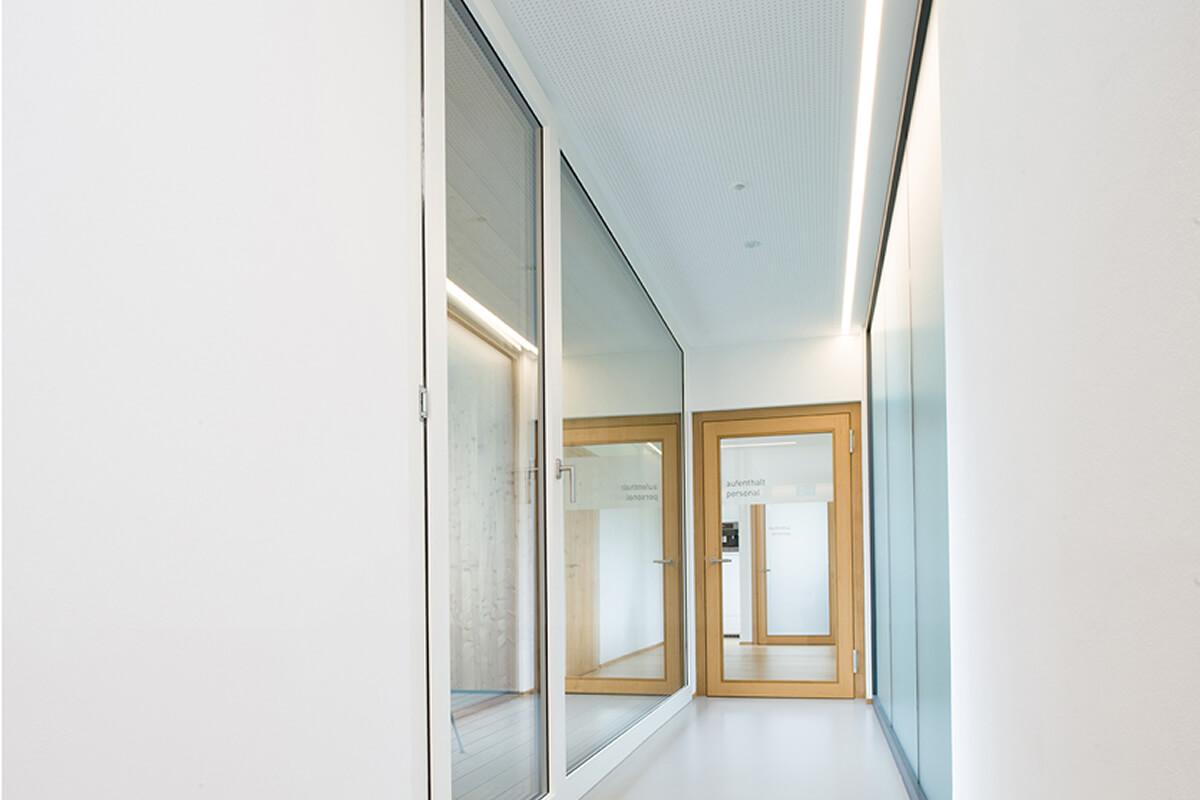 fenster beim renovieren ersetzen und renovationsfenster kaufen. Black Bedroom Furniture Sets. Home Design Ideas